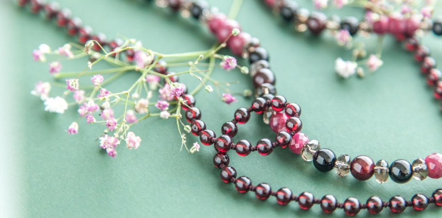 SPRING / Long double sautoir with Garnet, Ruby, Smoky Quartz